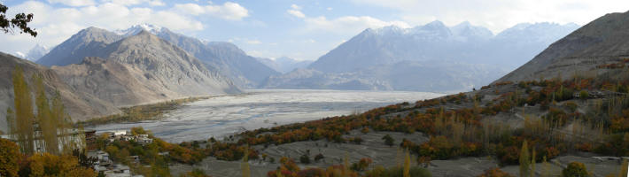 View from Govt. Rest House - L to R - Shyok River, Ladkh Range, Siachen Range, Machulu Range