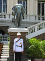 Gueard outside Chakri Maha Prasat Hall