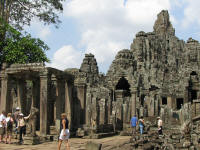Overview of Bayon. There is so much detail!