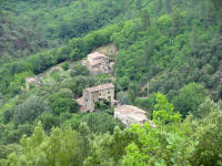 Houses nestled in Le Gardon River Valley